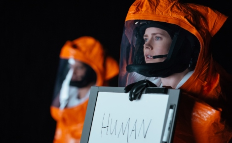 Amy Adams en 'Arrival' (Foto: Jan Thijs)